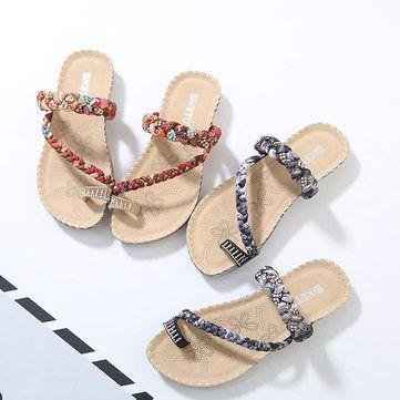 US Size 5-10 Women Bohemian Casual Beach Soft Flat Sandals - US$21.37