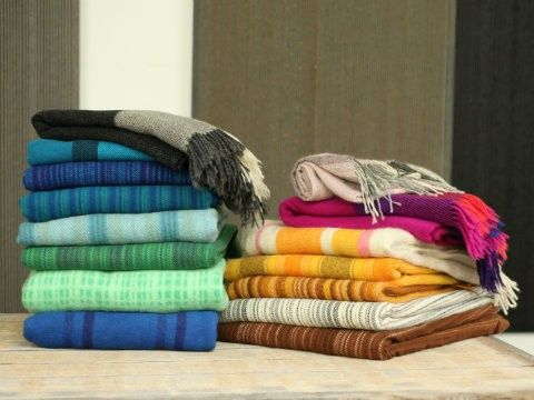 Tidstrand's gorgeous woollen blankets by Viola Gråsten and others