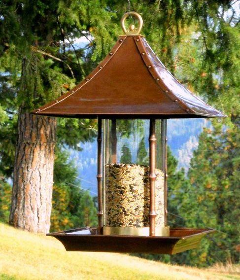 Best Platform Bird Feeders, http://platformfeeder.com/platform-bird-feeder.htm