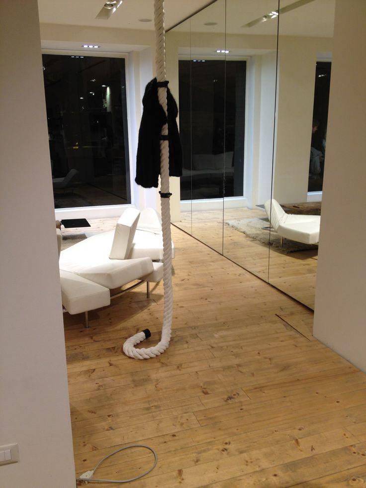 #LaCima #clothes #hanger #nautical #rope #Spazio #Cavana #ZinelliPerizzi #Trieste #youropinionworld