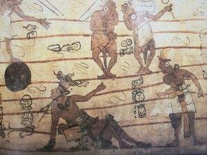 Jogadores em pintura mural, Bonampak, México. Para os astecas, o jogo representava uma batalha das forças noturnas lideradas pela Lua e estrelas contra o Sol personificado pelo Huitzilopochtli, o deus protetor. Os sacrifícios humanos tinham, assim, a função de manter o sol iluminando a Terra. Daí a importância do jogo para a manutenção da vida. Na fundação de uma cidade, os astecas primeiro construíam o templo a Huitzilopochtli e, logo em seguida, o campo do jogo de bola.