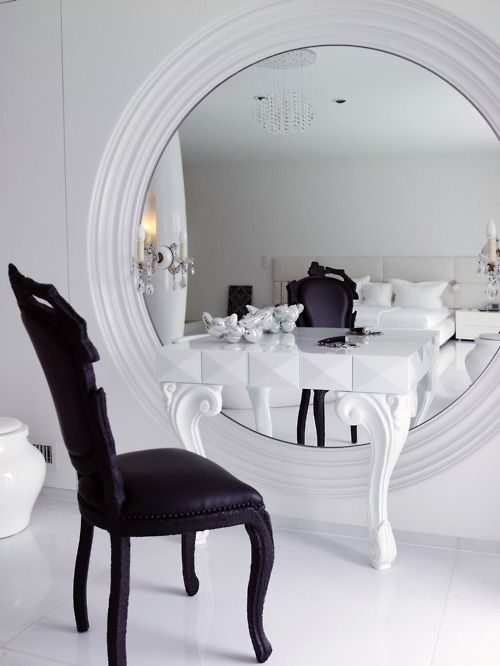 Gorgeous I want everything from this room!!!