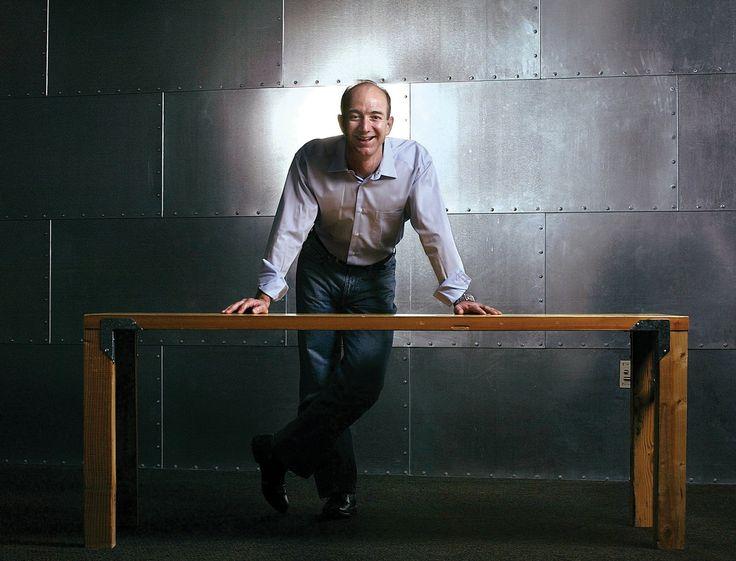 ENVIRONMENT | 은밀하고 위대한 혁신가, 제프 베조스. 참된 혁신은 제프 베조스가 그러했듯 고객을 향한 진정성이 확보될 때 이루어질 수 있으며, 아무것도 소유하지 않았던 설립 당시의 초심, 즉 0을 향한 신념이 100점의 미래를 완성한다. | Lexus i-Magazine Ver.5 앱 다운로드 ▶ www.lexus.co.kr/magazine #Lexus #Magazine #progressive #jeffbezos