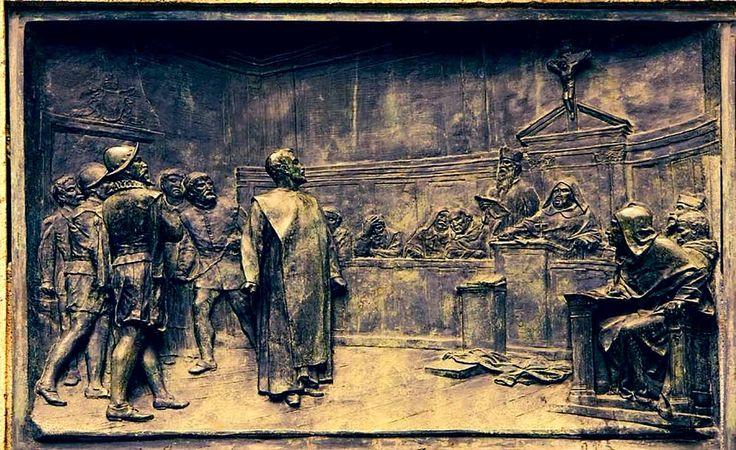 """Gli uomini non cambiano e non sembrano imparare dal passato. Ascoltate questo bellissimo brano di Giordano Bruno:  Inno alla libertà. E noi qui a sentire parlare di """"buona scuola"""": PENOSO!!!  """"La natura tutta è governata da una profonda armonia, invisibili linee collegano le piccole cose della terra, come per esempio il potere degli uomini,[segue] #giordanobruno, #religione, #cosmo, #libertà, #dio, #filosofia, #italiano, #insegnamento,"""