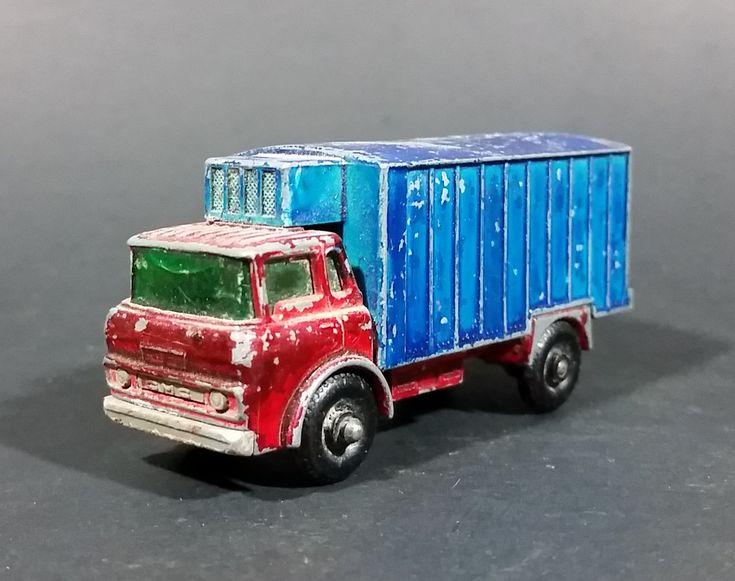 1967-1972 Lesney Matchbox No. 44 GMC Refrigerator Truck Red/Blue (Bumper, No Tow, w/ Door Stop) (A) https://treasurevalleyantiques.com/products/1967-1972-lesney-matchbox-no-44-gmc-refrigerator-truck-red-blue-bumper-no-tow-w-door-stop-a #Vintage #1960s #1970s #60s #70s #Lesney #Matchbox #England #GMC #GeneralMotors #Refrigerator #Refrigeration #Trucks #Diecast #Toys #Cars #Transporters