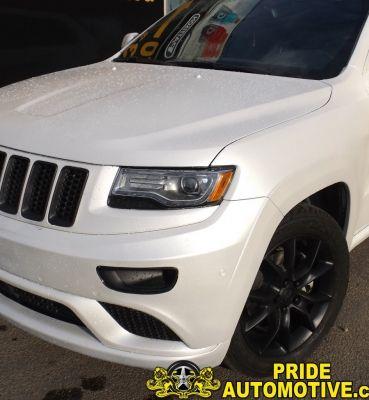 Pearl White Plastidip 2013 Jeep Grand Cherokee with matte black plasti-dip Accents