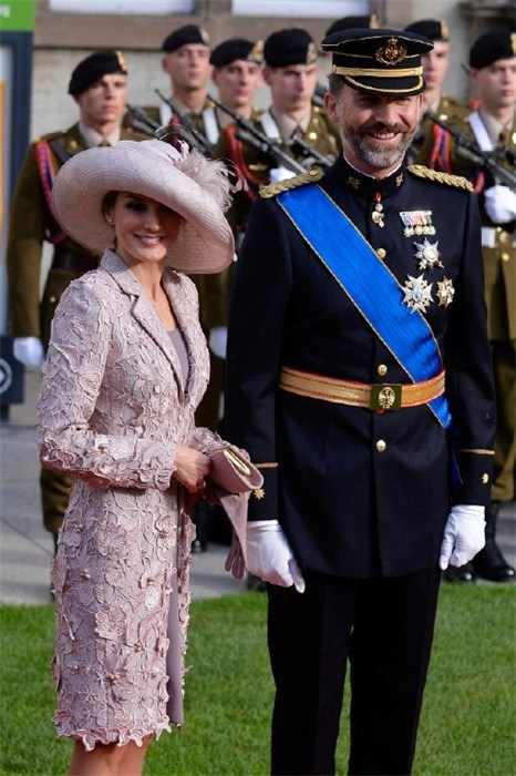 Spanish Royalty representing Spain at the recent Luxenberg wedding..the lace