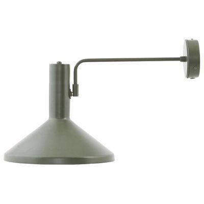 Mall Made vägglampa från House Doctor. En lampa som andas industriell stil! Placera lampan över soff...