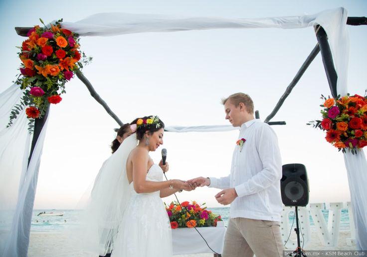 Ha llegado el momento tan esperado de que celebren su boda por el civil y queremos que estén listísimos para disfrutar de la unión que están a punto de llevar a cabo. Sigan leyendo para que no pierdan detalle sobre el desarrollo de la boda civil.