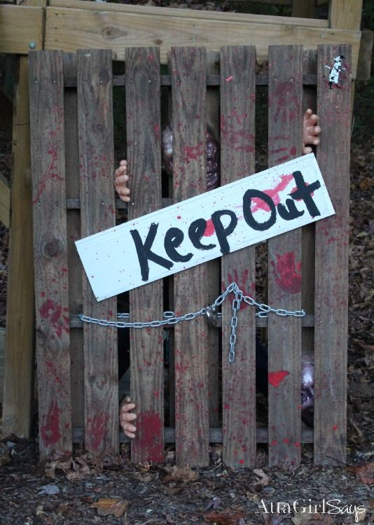 Atta Girl Says | Walking Dead Halloween Decorations: Hershel's Barn Pallet Project | http://www.attagirlsays.com