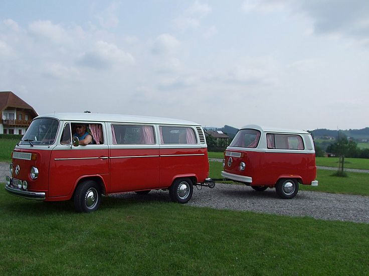 top 25 ideas about vw t2 on pinterest volkswagen buses and buckingham palace. Black Bedroom Furniture Sets. Home Design Ideas