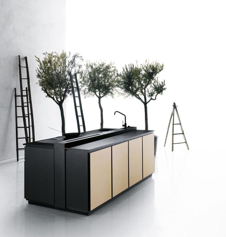 Aménagement intérieur, accessoires, électroménager, la CUISINE devient le centre de toutes les attentions, devenant la pièce centrale de l'habitation