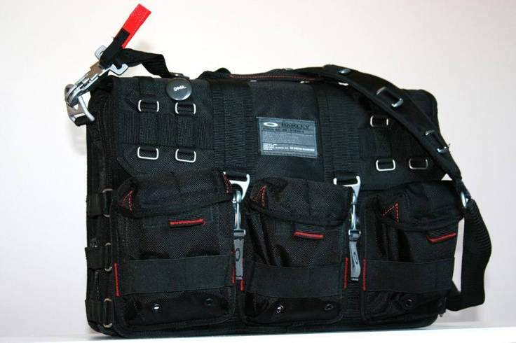 Oakley S I Computer Bag The Same As Dexter Morgan S From