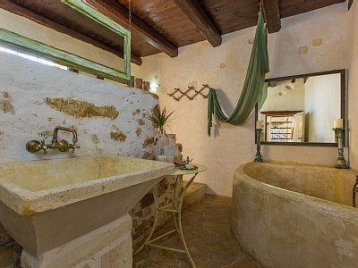 Rethymno villa rental - Take a long bath and relax after a full day!