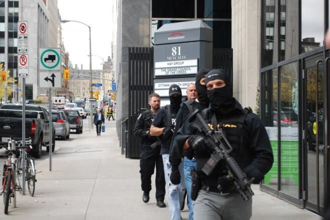War Memorial Shooting. October 22nd, 2014. Metcalfe Street, Ottawa not far from the War Memorial.