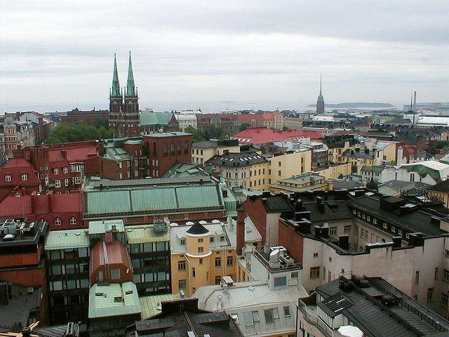 Eteläisen kantakaupungin kattomaisemaa. https://www.flickr.com/photos/tietoukka/2441807604/