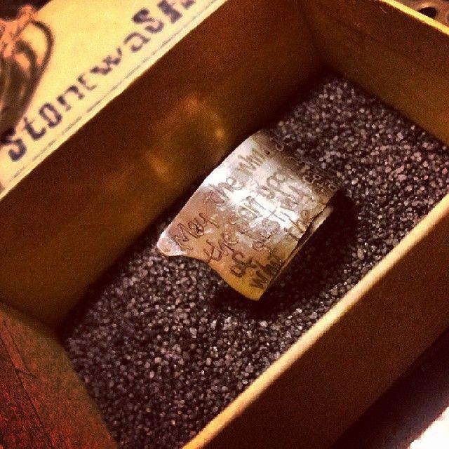 Anello a spiralei in acciaio personalizzato con incisione...I tesori coloniali Reggio Emilia Italy #itesoricoloniali #iron #rings #pendants #reggioemilia #collane #anelli #ciondoli #piastrine #arredamenti #acciaio