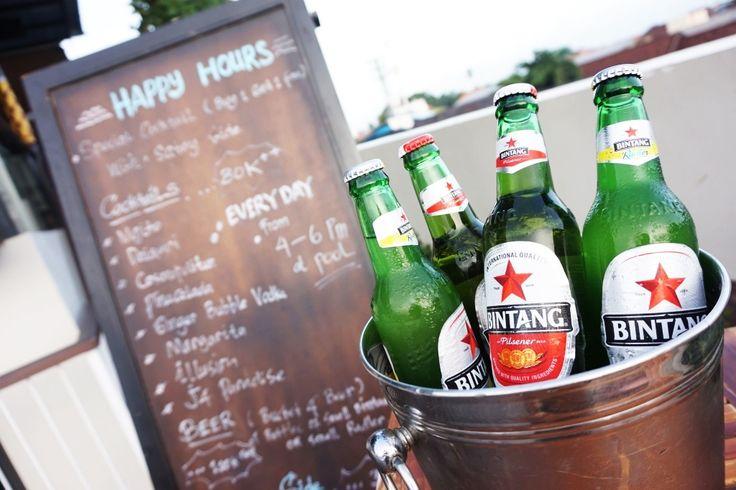 Cheap bucket of beer on happy hours!  #J4hotelslegian #J4hotels #LifestyleHotel #Lifestyle #HotelBali #Holiday #InstaTravel #Vacation #LegianBali #Wanderlust #Destination #LegianStreet #RoofTopPool #RoofTopSwimmingPool #Bali #Indonesia #HappyHour #Traveler #Backpacker #HappyLife #BucketBeer #Bintang #Beer #Party #Promo #SunnyDay #Bright