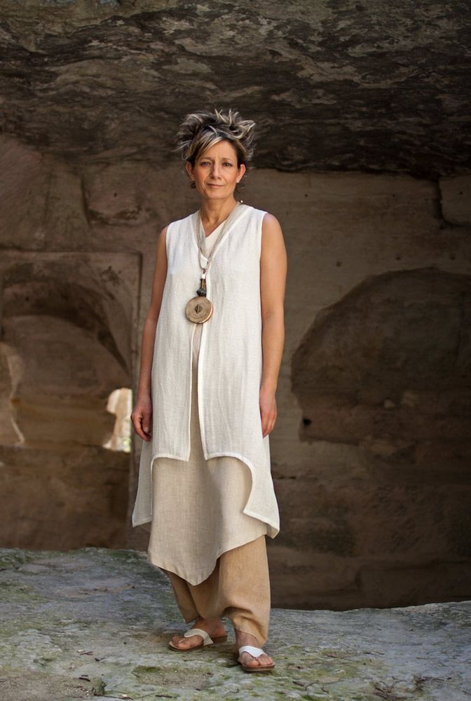 Linen outfit tunic and waistcoat