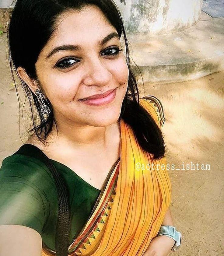 actress_ishtam aparna.balamurali goodmorning navyanair