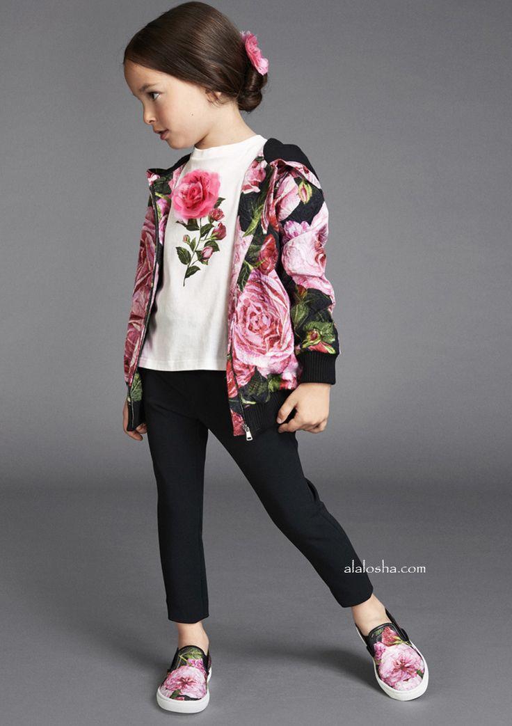 ALALOSHA: VOGUE ENFANTS: Pssst! Here's a Sneak Peek of Dolce&Gabbana SS17 collection