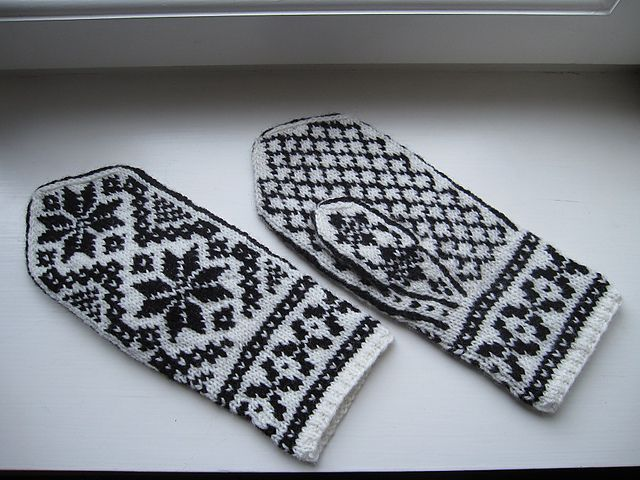 Ravelry: Rigmor's Selbu mittens pattern by Rigmor Duun Grande