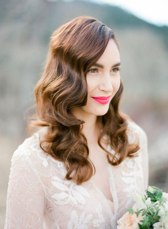 Soft vintage waves for ravishing retro bridal hair.