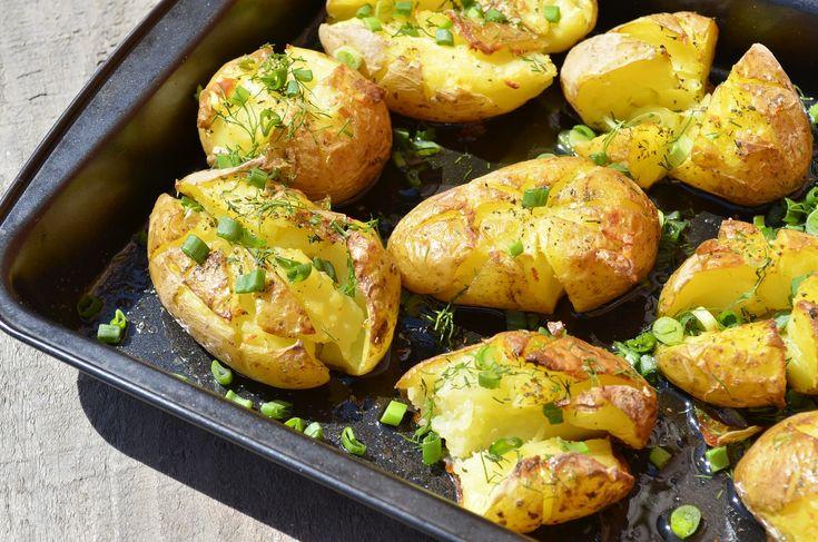 Roztlačené zemiaky v rúre – majstrovské dielo kuchyne! Budete sa musieť udržať, aby ste nezjedli sami celý plech
