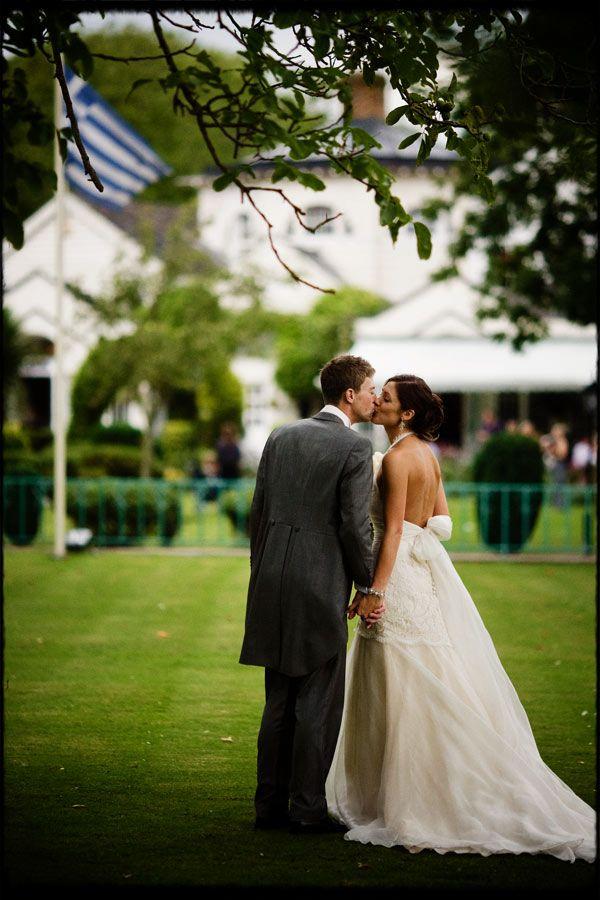 Wedding photos at Monkey Island in Berkshire. Carly and Gavin on the main lawn #weddingphotographymonkeyisland