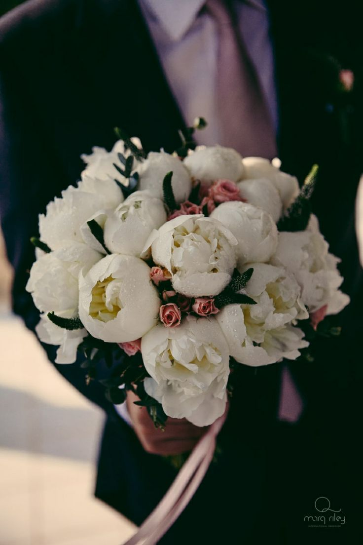The peonies inspired wedding bouquet!