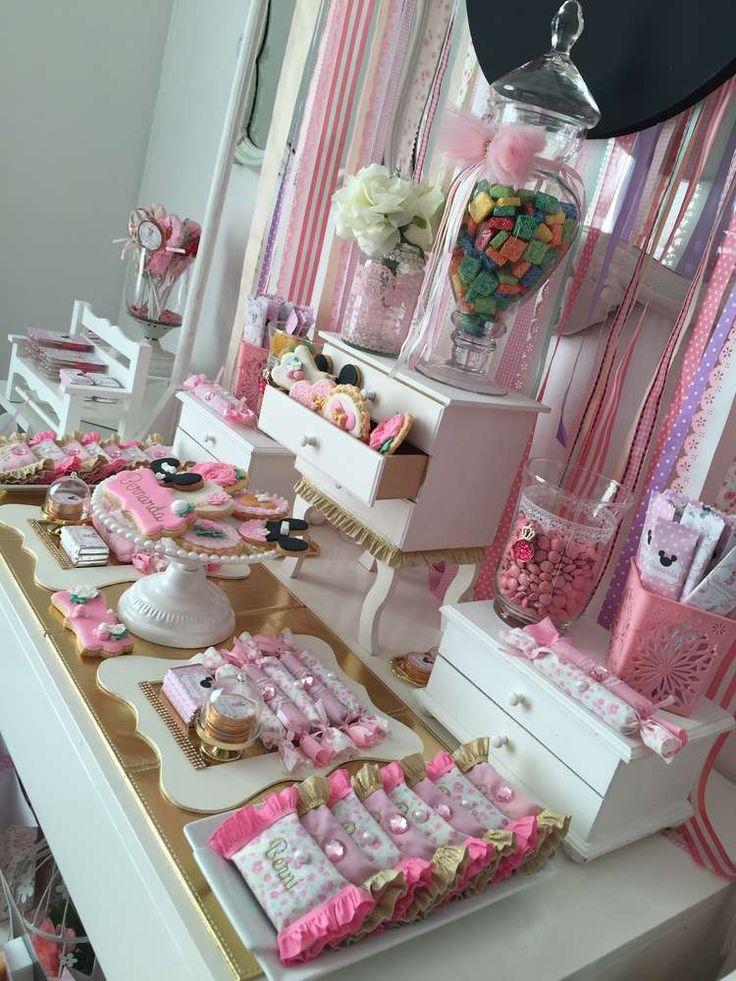 Shabby Minnie birthday party   CatchMyParty.com