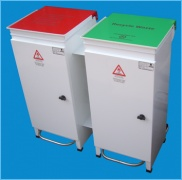 http://www.paragonproducts.ie/index.php/healthcare/pedal-bins/healthcare-pedalbins - Image of Paragon Products Large Healthcare Pedal Bins. Perfect for the disposal of hospital waste in a sanitary way with its handsfree and colour-coded lid.