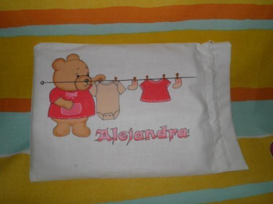bolsa bebe,  porta pañal o ropita, personalizada  tela