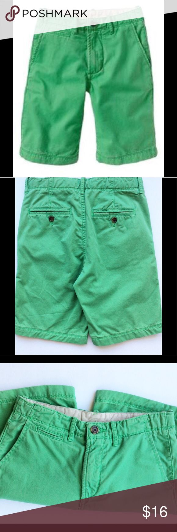 "Gap Kids Boys Walking Shorts Gap kids boys walking shorts in a seafoam green. Size 14 regular, measures approx., waist 28"", inseam 9"". Features two front pockets, two back pockets, one front coin pocket. 100% cotton. Gap Kids Bottoms Shorts"