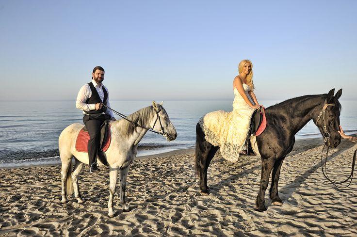 Traditional Cretan #wedding! Congratulations! Photo on stepsis