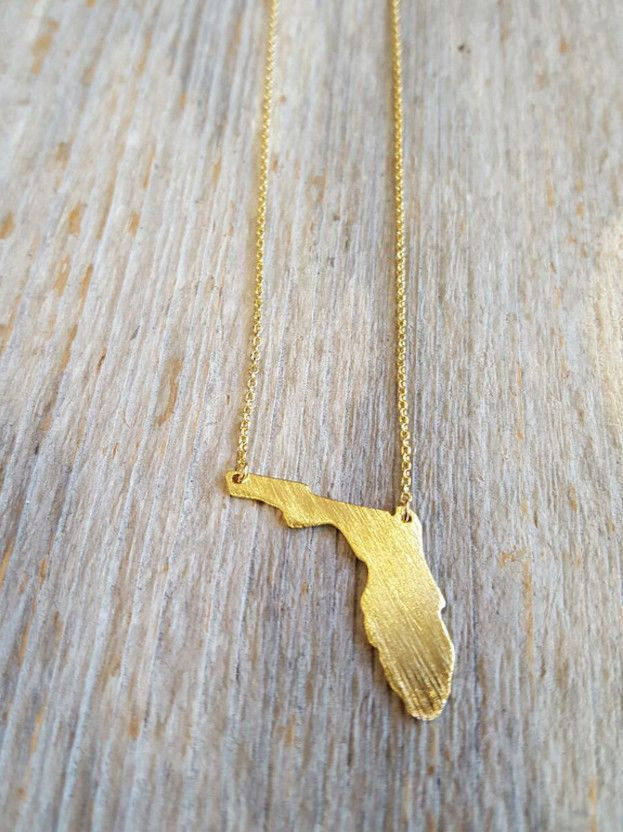 A state necklace is a great way to represent your home town or a place you love to visit. Whatever reason you want to carry this state with you, this state necklace is perfectly delicate, and great fo