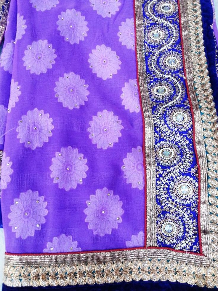 Indian Ethnic Beautiful Traditional crystal stone  bridal embroidered new sari #sghub #SariSaree