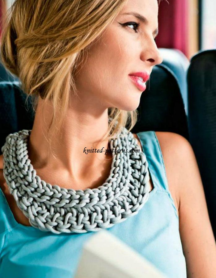 Simple & Quick Crochet Statement Necklace: FREE pattern