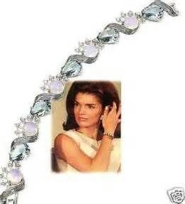 17 best images about las joyas de jackie on pinterest jfk brooches and coco chanel. Black Bedroom Furniture Sets. Home Design Ideas
