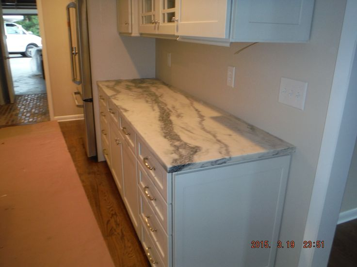Monteclair honed marble kitchen and bathroom install for for Bathroom cabinets knoxville tn