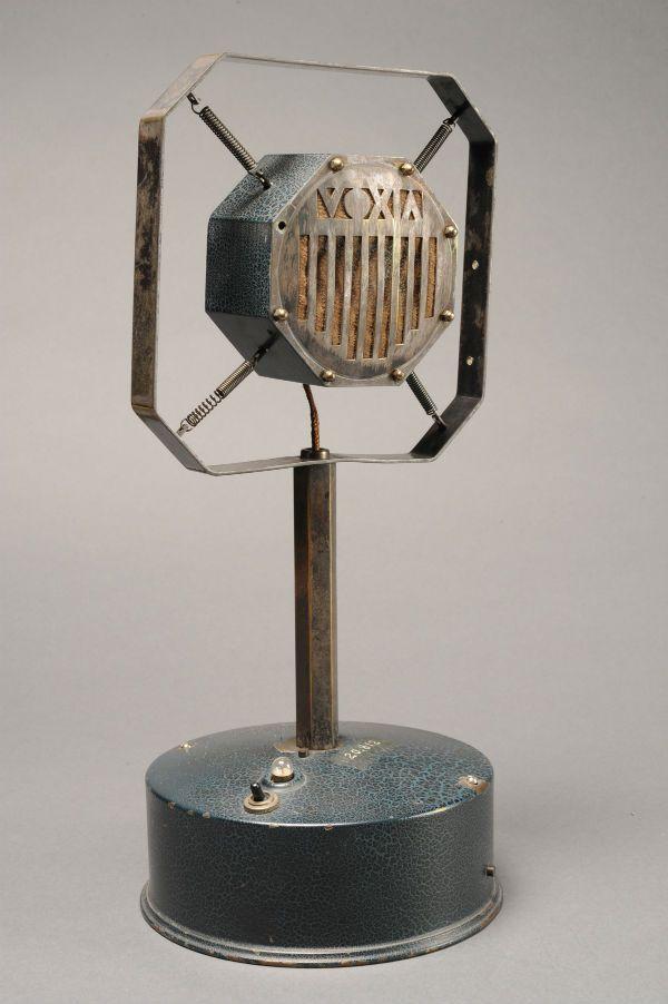 Microphone à charbon Voxia - 1925 © Musée des arts et métiers – Cnam. ( Vintage Microphone )