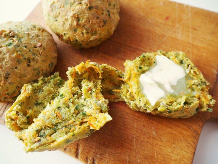 Gulerodsboller med spinat | Verdensbedste madpakke boller