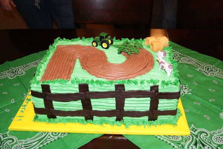 super cute john deere cake