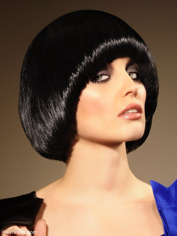 Pudding bowl or purdey hairstyle (With images) | Beautiful haircuts, Mushroom hair, Hair styles