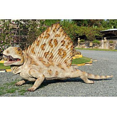 Kentrosaurus Stegosaur Jurassic Sized Dinosaur Statue Is Realistically  Sculpted In Quality Designer Resin With Prehistoric
