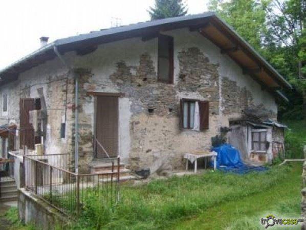 Rustico/casale/corte in vendita a Frassino. 35.000 €, 72 mq, 3 locali - Annuncio TC-15352400 - TrovaCasa.net
