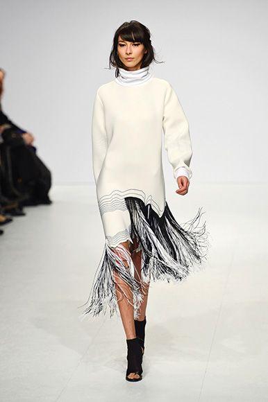Ioana Ciolacu FW15/16 Berlin Fashion Week http://www.fashiondays.ro/the-daily-issue/berlin-fashion-week/