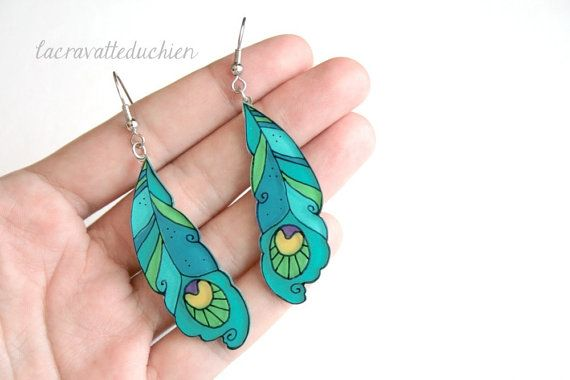 Peacock feathers earrings  dangle earrings by lacravatteduchien, €15.00