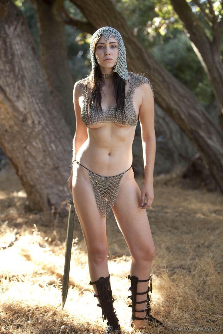 Rachel true nowhere nude