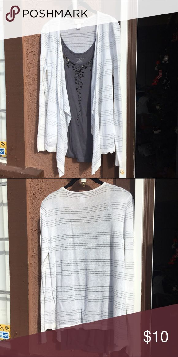 Ann Taylor LOFT draped front white/silver cardigan Creamy white color with sparkly silver stripes. No stains, great condition. Only worn and washed once. It's a thin, soft sweater, so there is some very light pilling. LOFT Sweaters Cardigans